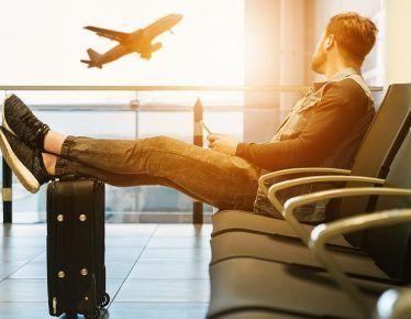 Que maletas de mano no se  permite cuando viajamos en avión