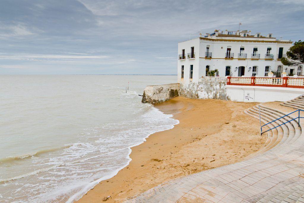 ▷ 🌊 La playa Cruz del Mar ✅ Lo que debes saber antes de ir 🏖️ chipiona